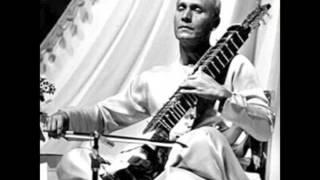 Pandit Ranadhir Roy - Bilaskhani Todi - Part 1 Rare Live Recording