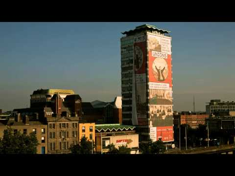 Big Picture Media, 1913 Lockout banner on Liberty Hall 2013