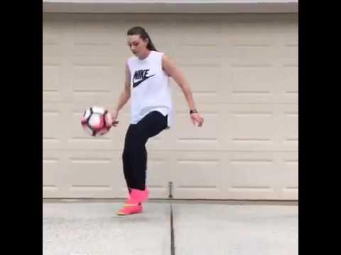 Los Mejores Freestyle De Chicas Jugando Futbol Youtube