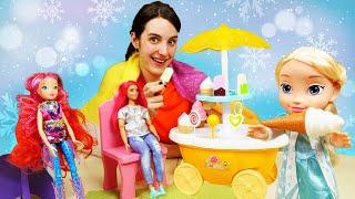 Elsa la Reine des Neiges. Vidéo intéressante de poupées pour filles.