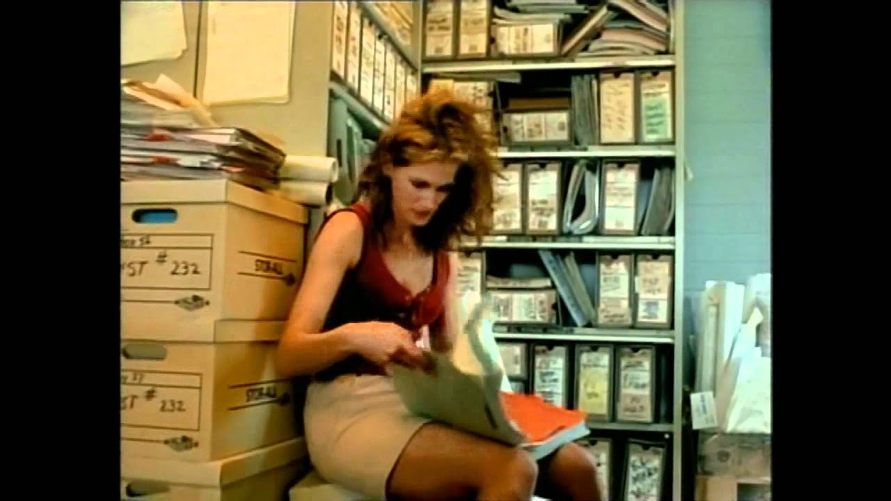 Erin Brockovich Trailer Hq
