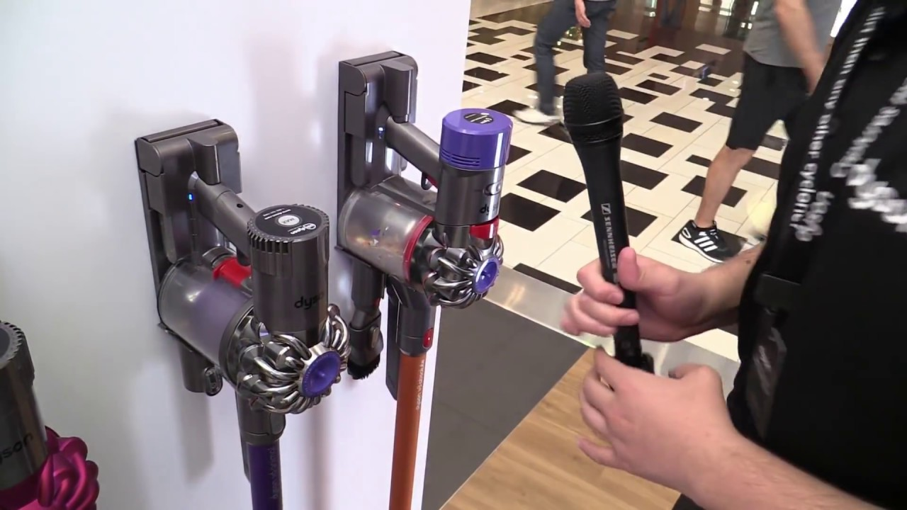 dyson v8 absolute a master in sucking youtube. Black Bedroom Furniture Sets. Home Design Ideas