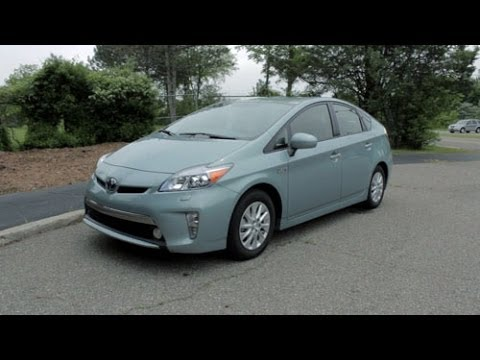 2014 Toyota Prius Plug In Review   LotPro