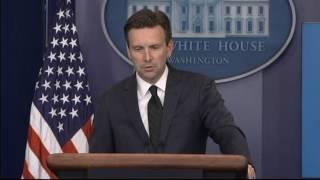 Сноуден просит помилования у президента США