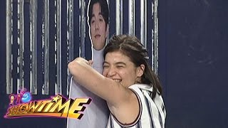 Gambar cover It's Showtime: Anne's Gong Yoo experience