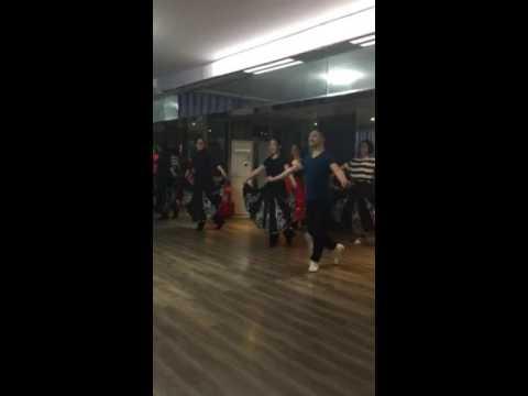 Видео: Уйгурские танец самый лгкий