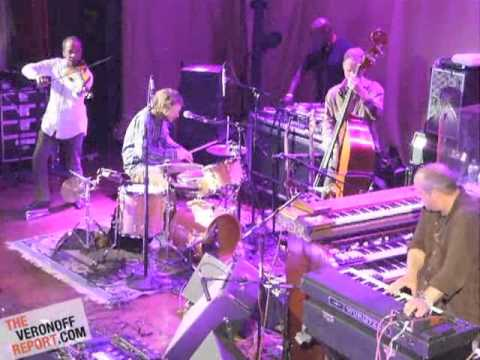 Medeski Martin & Wood with Charles Burnham and DJ Logic @ Undead Music Festival NYC, 05.10.12