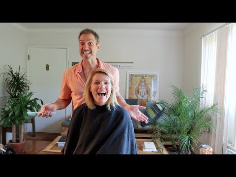 Celebrity makeover textured bob hair cut on Episodes Kathleen Rose Perkins.