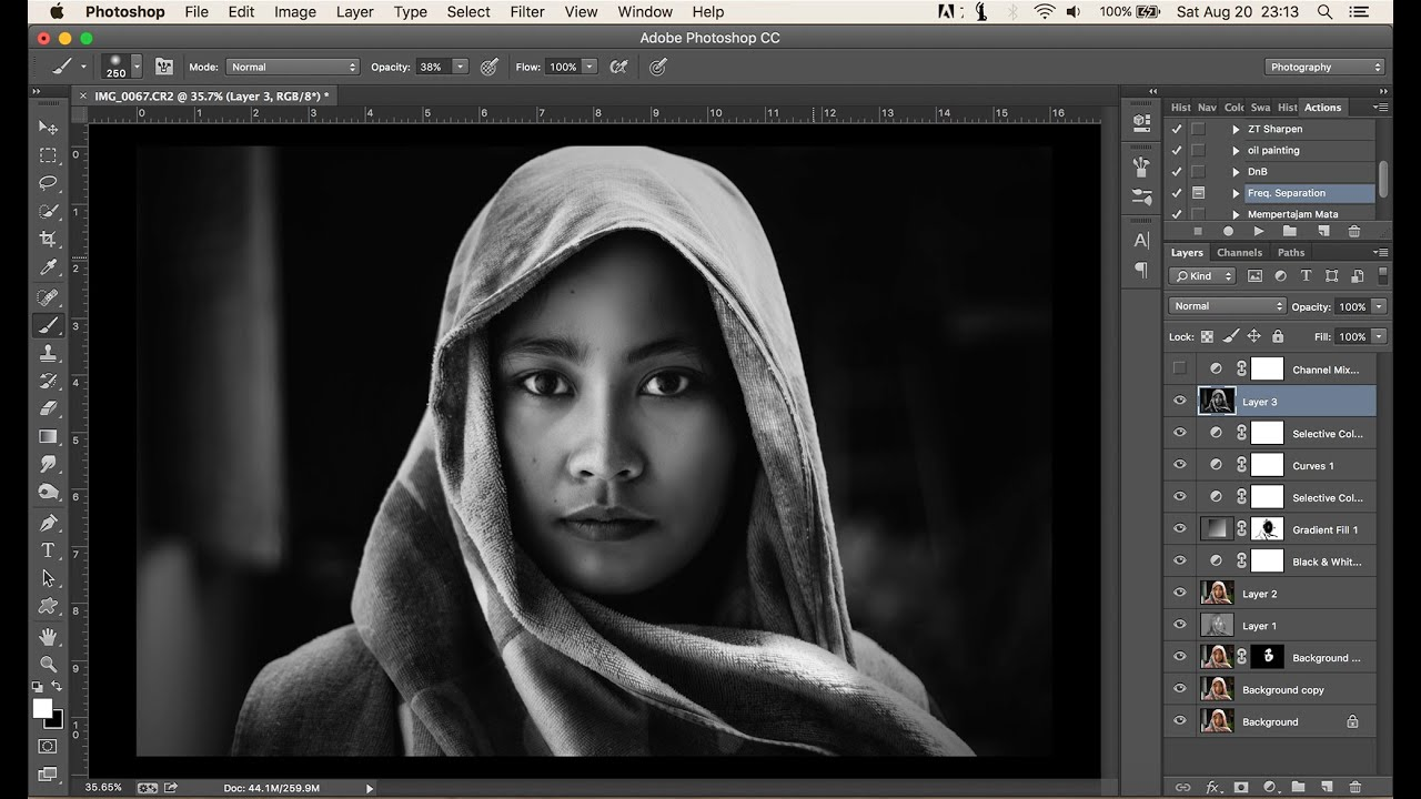Photoshop tutorial dramatic black and white simple process