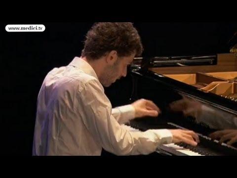 Adam Laloum - Schumann Davidsbündlertänze