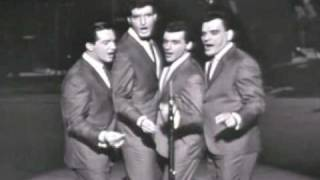 Frankie Valli & the 4 Seasons - Beach Boys East meets West