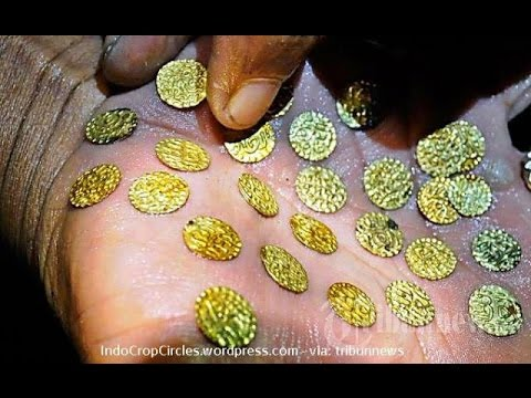 Gold Coin Treasure find in indonesia river# Penemuan harta karun koin emas