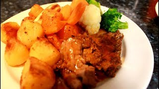 Christmas Dinner Roast  /Sunday Dinner Roast Lamb With Roast Veg ,Potatoes | Chef Ricardo Cooking