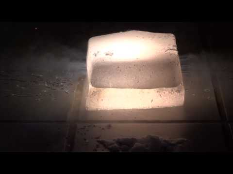 ICE And HELL : Dry Ice React With Magnesium