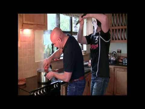 Episode 3 Part 1 Cooking With Treyvaud  How to make perfect Bolognese & perfect Mashed Potato