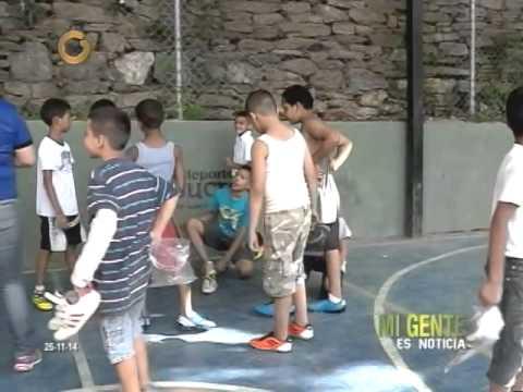 """Padres agradecen a """"Deportes Sucre"""" por apoyar a los niños de Petare"""