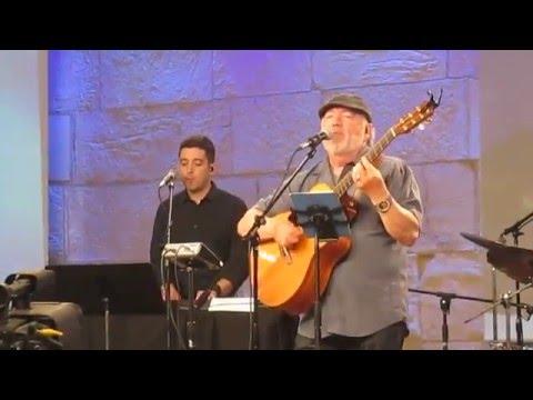 Paul Wilbur - Baruch Adonai / El Shaddai Medley