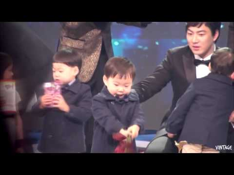 [Fancam] 141227 Daehan Min Guk Manse - KBS Entertainment Awards 2014