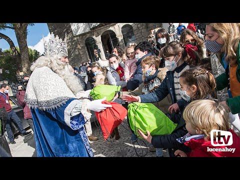 VÍDEO: Ya están en Lucena los Reyes Magos. Les hemos acompañado en su visita a la Virgen de Araceli
