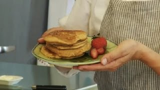 How To Make Delicious, Peanut Butter Pancakes : Making Pancakes