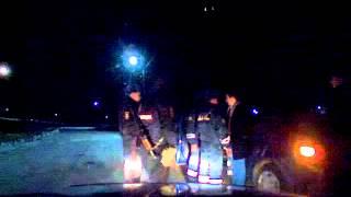 видео с регистратора Ам ДПС г.Межгорье РБ(Беспредел, вытащили водителя из машины., 2015-03-30T14:09:50.000Z)