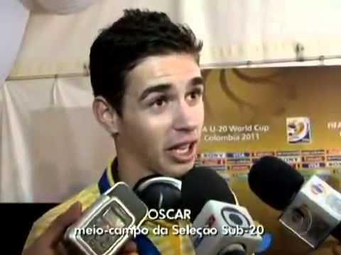 Herói do Brasil no Mundial Sub 20, Oscar marca três gols na final e pede música