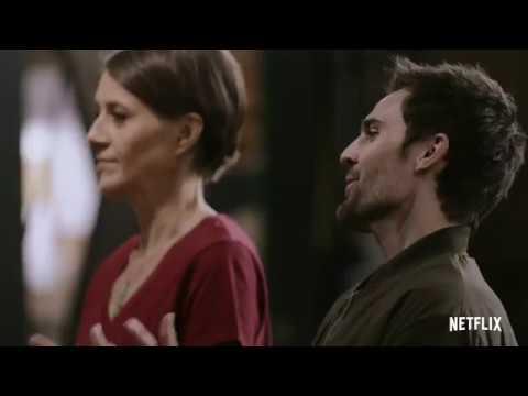 Blown Away' Brings Glassblowing to Netflix | Arts & Culture