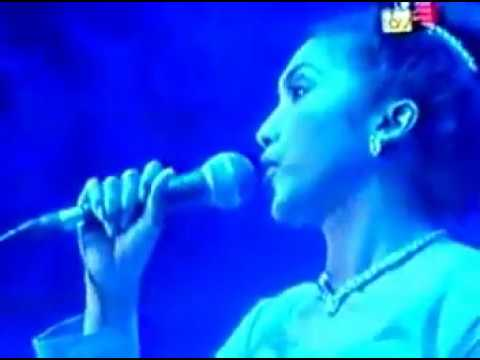 Ziana Zain - Korban Cinta Konsert Pujaan Nescafe 1996