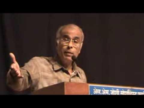 """Dr. Narendra Dabholkar speech at Pune """"Bhavishvedh"""" uploaded by Anil Karvir"""