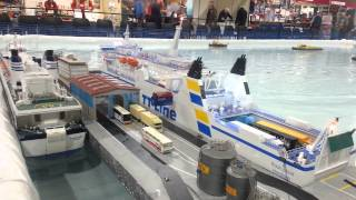 RC model boat of Robin hood ferry with working cargo system
