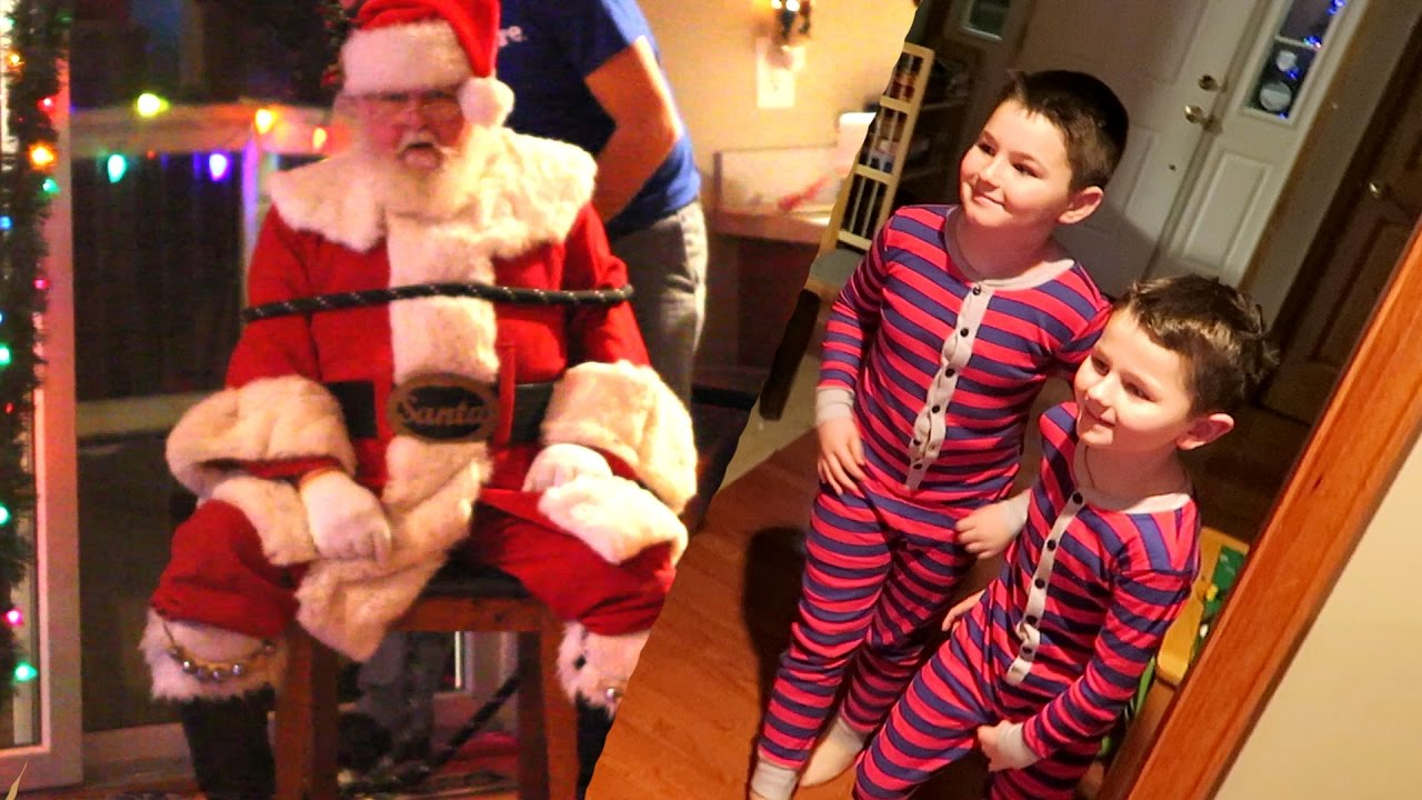 CAPTURING SANTA PRANK!! - YouTube