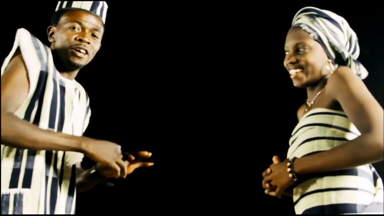 Download Samson Zubairu Best Video Song. Click on the subscribe button below to subscribe for more videos.