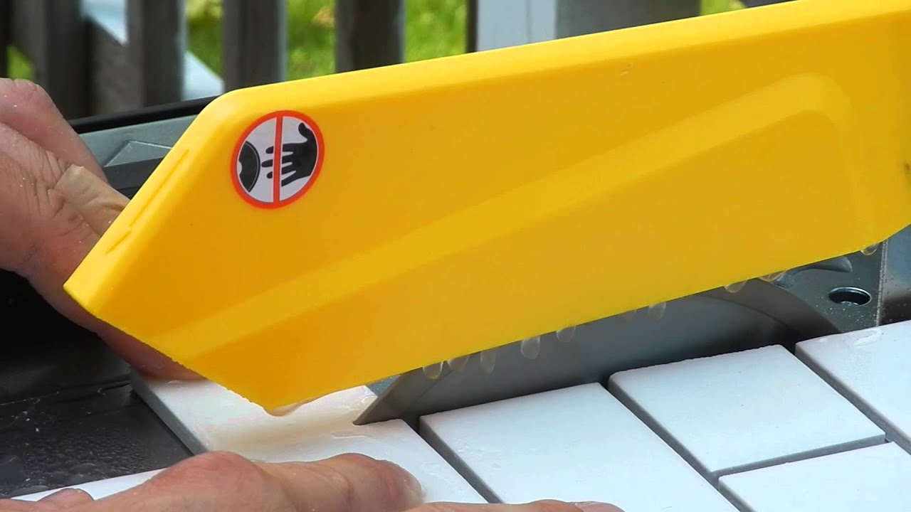 Cutting tile with a wet saw youtube cutting tile with a wet saw dailygadgetfo Choice Image