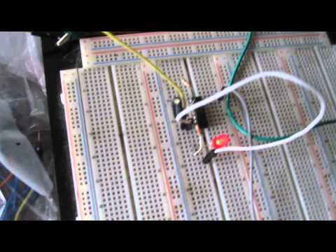 7414 Schmitt Trigger Oscillator Circuit