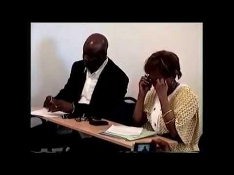 Jean-Jacques Mbungani anime un débat démocratique au MLC France du 28 mai 2014