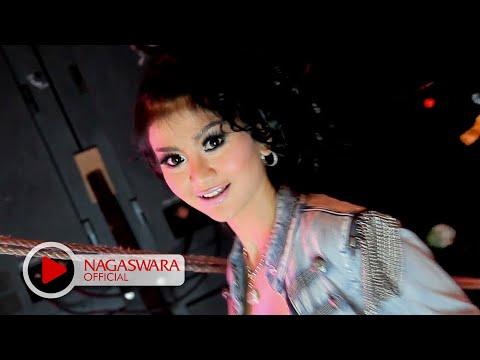 2 Racun - Dari Hongkong (Official Music Video NAGASWARA) #music