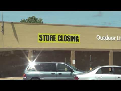 Let's Visit a Closing Wal-Mart Store