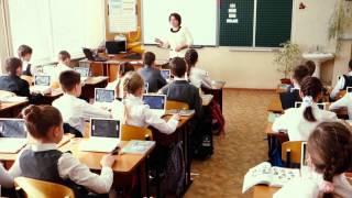 Видеофрагмент урока  окружающий мир в 3А классе на тему «По одежке встречают…»  Учитель Кузьминова Н