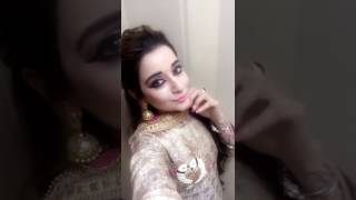 Guneet Kaur Posing On Ladki Selfie Queen Ft Abhi & Nikks With Piya Sharma.