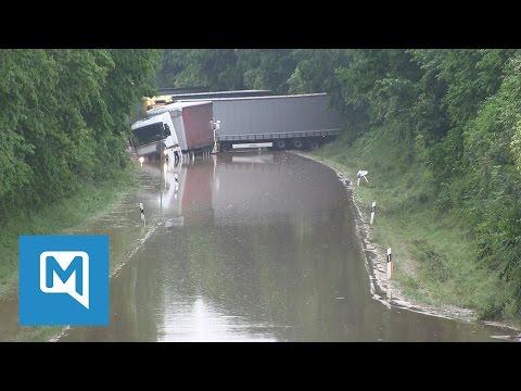 Hochwasser in Niederbayern - Video aus dem Katastrophengebiet Simbach am Inn