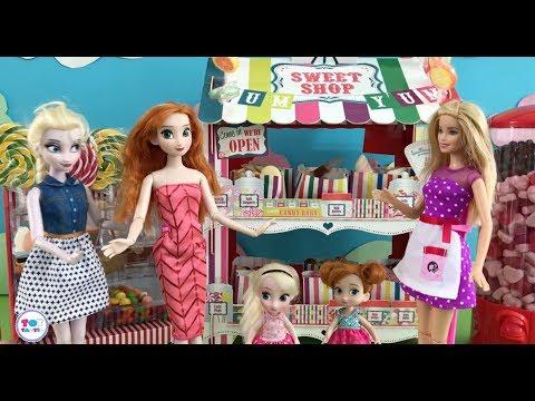 Elsa Barbie Dolls Videos! Giant Lollipop & Gummy Worms! Disney Princess Dress Up Game!