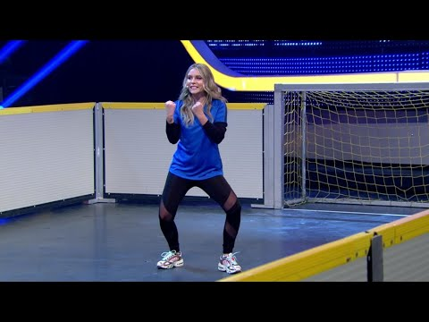FC Bayern vs freekickerz • Ultimate Football Challenges from YouTube · Duration:  6 minutes 41 seconds