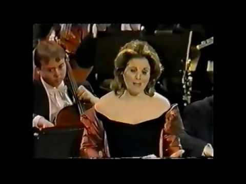Renée Fleming - Libera Me Domine - Verdi Requiem LIVE (1997) Levine