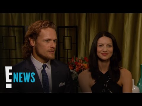 "Sam Heughan & Caitriona Balfe Play ""Who Knows Who Better"" 