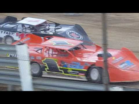 Quincy Raceways late model heat #3 9-11-16