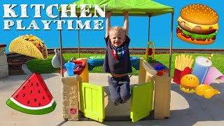 Outdoor Kitchen Playtime Fun!!