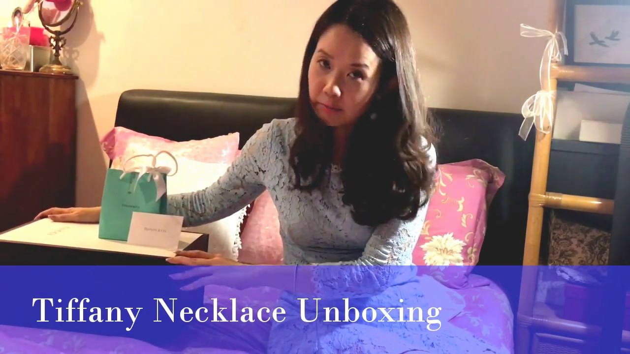 Unboxing Tiffany & Co - Mini Heart Double Tag Necklace (with store ...
