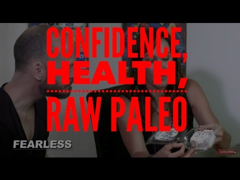 Confidence, Health, & a Raw Paleo Diet - Melissa Henig | Becoming FEARLESS Ep 13