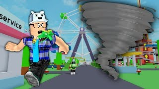 ROBLOX: THE GIANT TORNADO HAS INVADED THE AMUSEMENT PARK! (Evolution Survival)