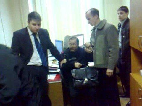Газетный адвокат напал на оперативника МУРа